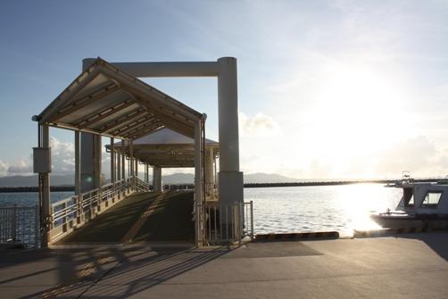 竹富島桟橋の朝.JPG
