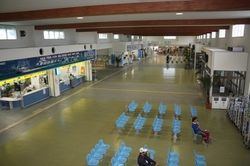 離島フェリーターミナル.JPG