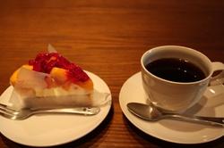 31日 パピルのケーキ.JPG